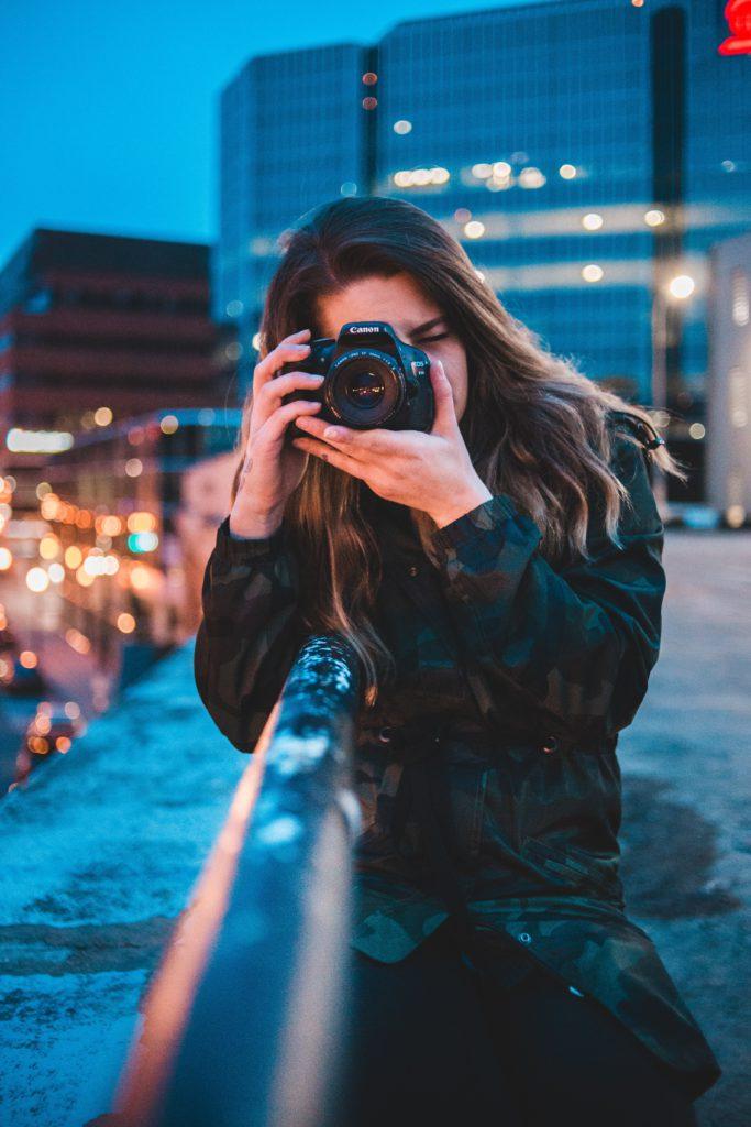 Foto a video